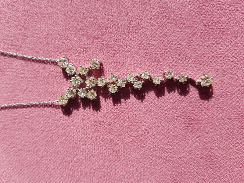 11,5  Carat Special Diamond Gold Handmade Necklace